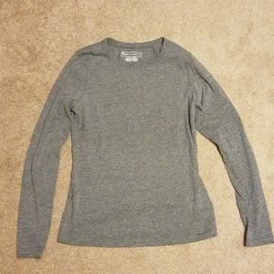 Womens long sleeve athletic top